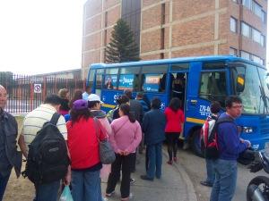 En algunas localidades de Bogotá el Sistema dispone Unidades Móviles para la expedición gratuita de Tarjetas Tu Llave.