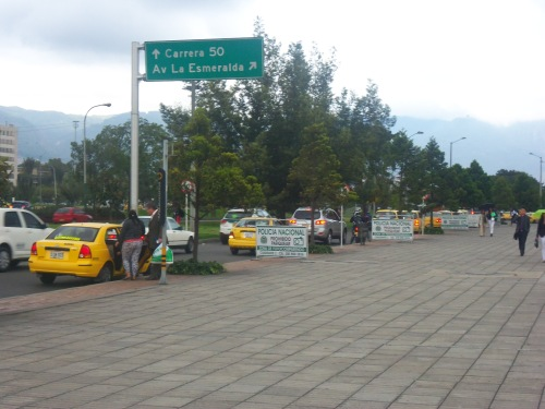 Necesidad de áreas de servicio en los centros comerciales. En la imagen, el Centro Comercial La Gran Estación en Bogotá. (Foto: Guillermo Camacho-Cabrera)