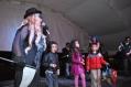 """""""Así también aprendemos"""", parece ser lo que piensan estos niños y niñas del público invitado a la puesta en escena del montaje teatral Invisibles en la vía, del Grupo de Pedagogía de la Secretaría Distrital de Movilidad."""