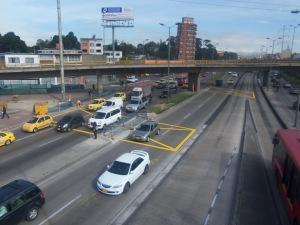Intervención de seguridad vial en la infraestructura con demarcación vial. (Foto: Guillermo Camacho-Cabrera)