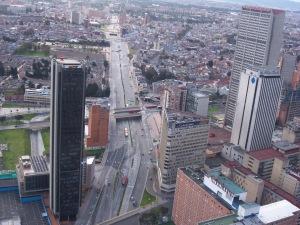 Panorámica de la Calle 26 por Centro Internacional en Bogotá (Foto: Guillermo Camacho-Cabrera)